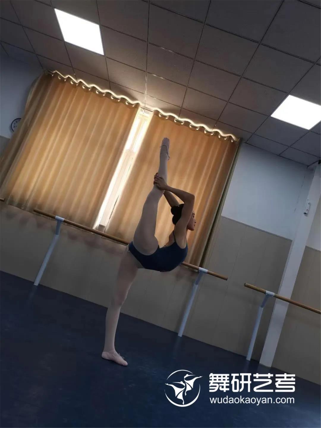 舞研河北学员故事丨她不光河北省考高分,还上榜北体、天音、沈音、武音!坚持、勇敢和全力以赴,是她在舞蹈艺考之路上最大的收获!