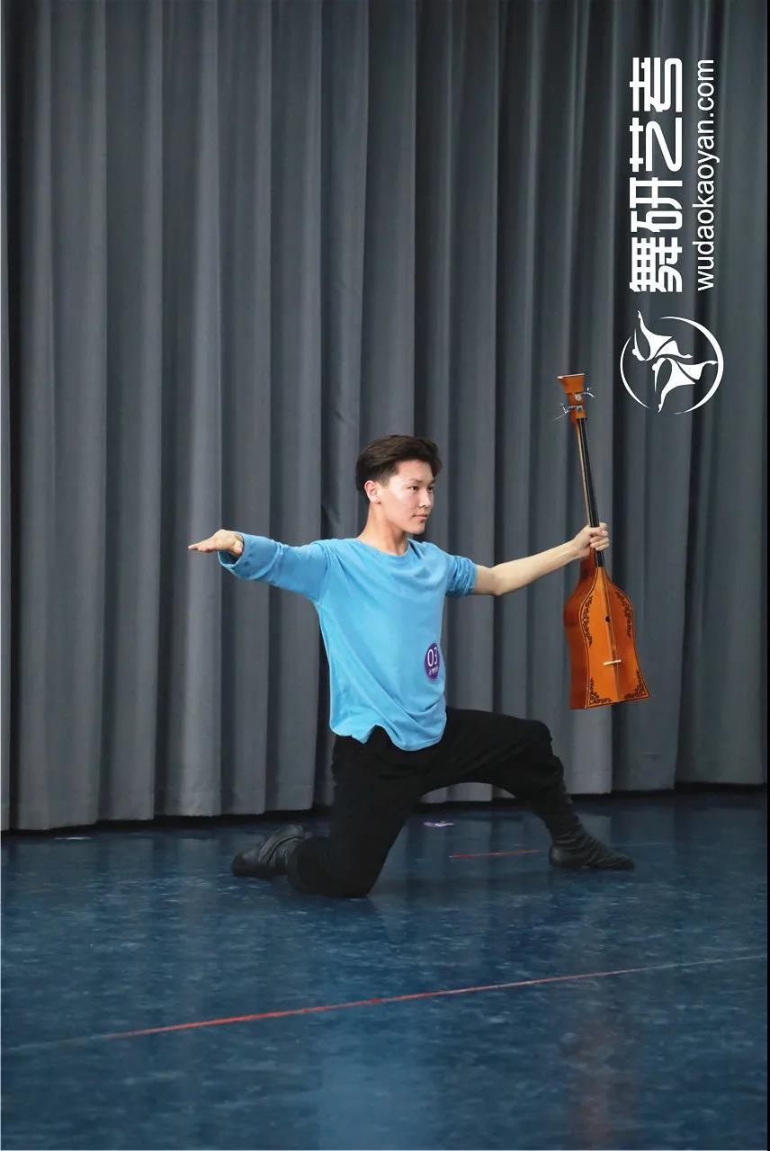 舞研藝考男班月測丨2021年高考結束,22屆舞蹈生的高考倒計時從6月月測開始!