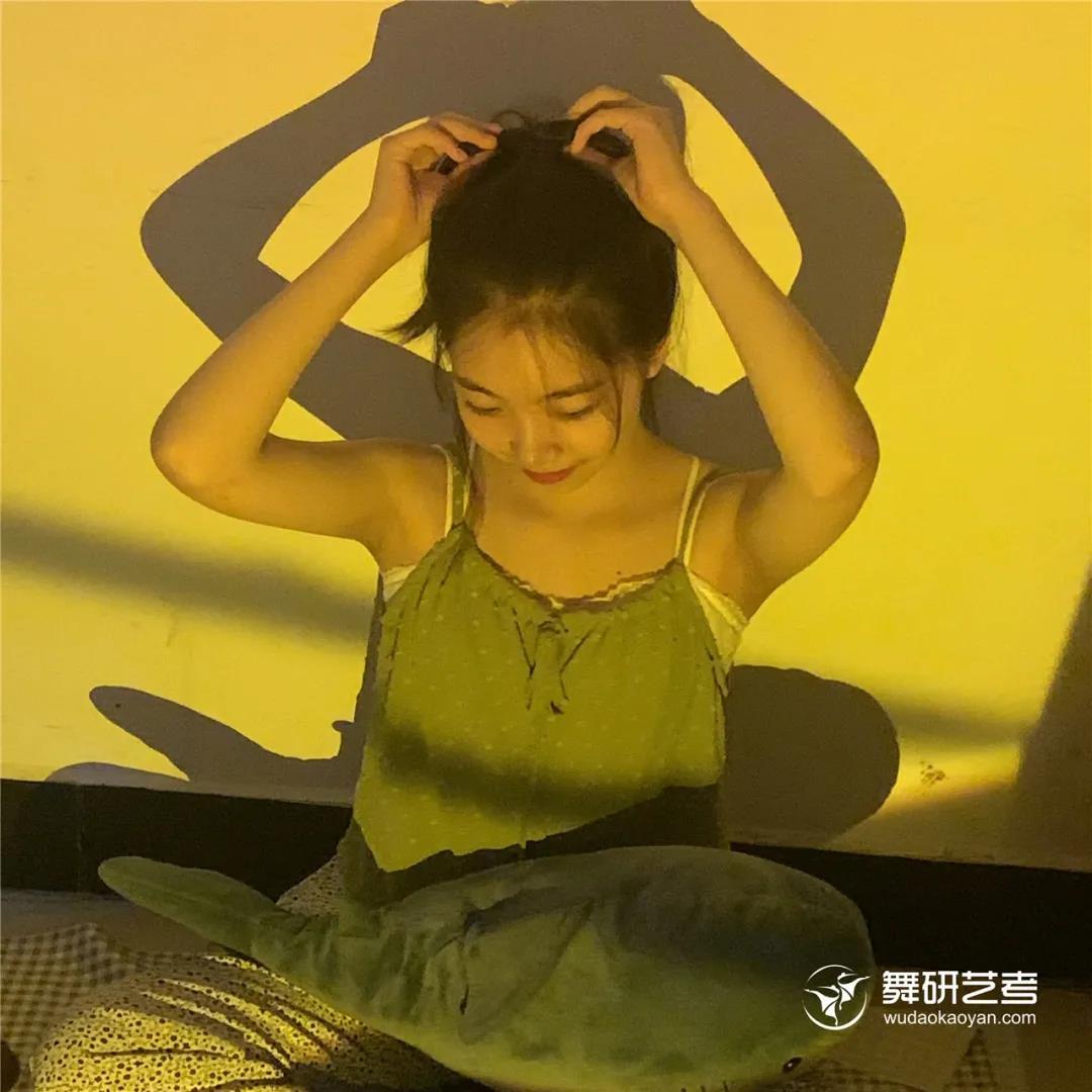 """从60kg成功减掉24斤,她说""""舞蹈生没有最瘦,只有更瘦!""""丨22届舞蹈生减重日记"""