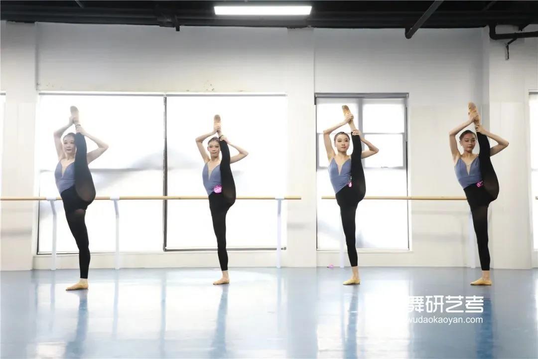 """练好""""软开度""""的6个基本方法 舞蹈生们一定要转发收藏练起来哦~"""