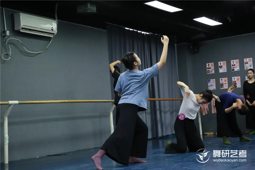 2022届舞蹈生省考冲刺营丨决胜时刻就是要来舞研,才能更有把握拿高分!