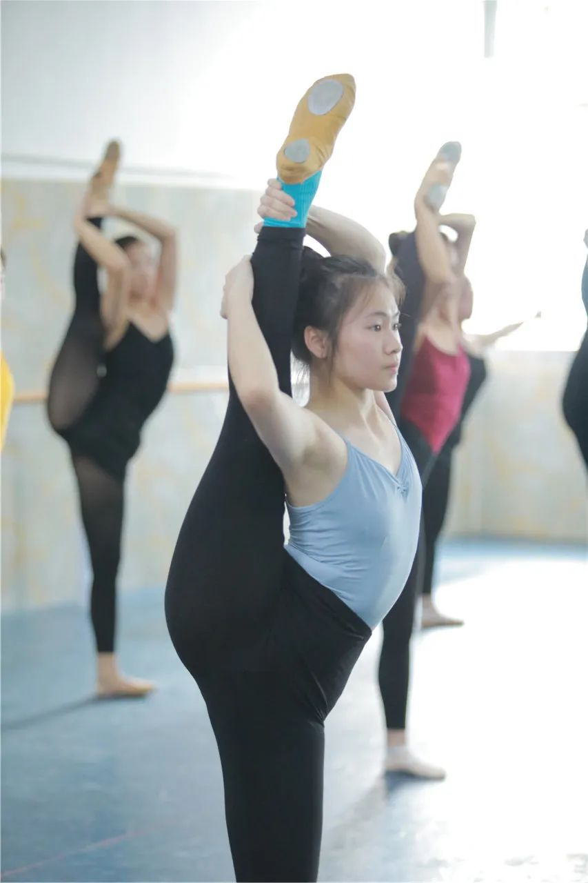 舞研艺考中秋节免费测评丨所有舞蹈生限额预约,报满为止!
