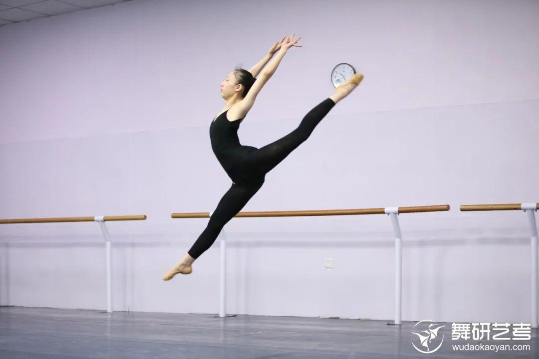 22届舞蹈生适应专业集训指南丨又苦又累的集训,你要怎么过?