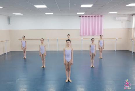 舞蹈附中藝考生的瘦背小秘訣,每天一刻鐘,教你輕松瘦背部!
